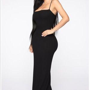 Open back maxi dress xsmall